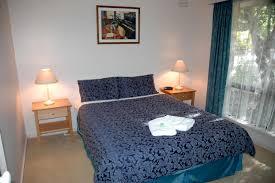 queen bed - lodge